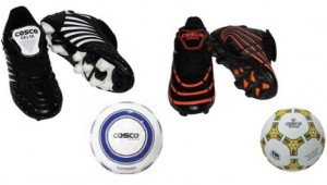 33d5f298881d SnapDeal is offering 15% off + 20% off on Cosco Soccer Shoe with Football.  Features Football  Hand sewn football