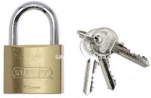 stanley-lock50
